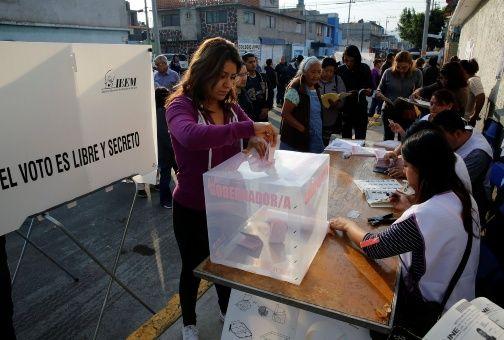 Intimidación y papeletas falsas marcan jornada electoral en México