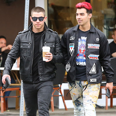 joe-nick-jonas-find-matching-tattoos