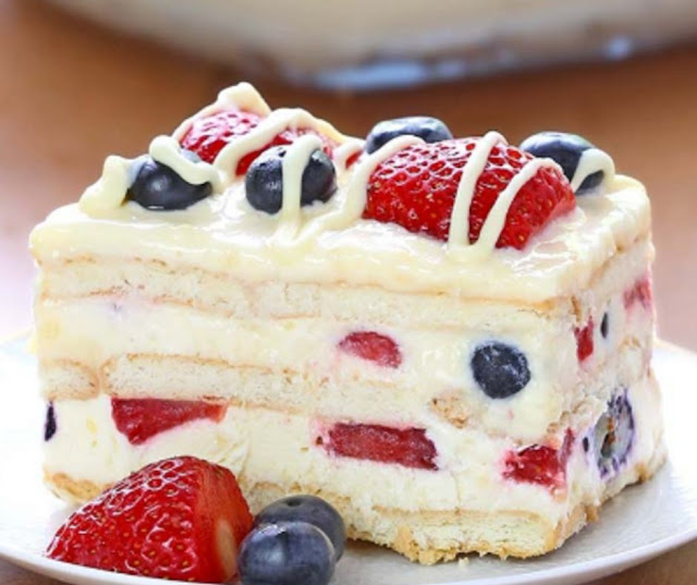 Berry Icebox Cake With Strowberry