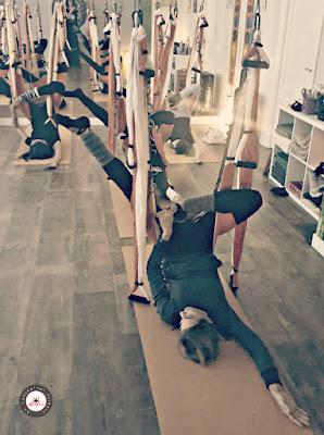 formation yoga aérien, aeroyoga, formation aeroyoga, formation pilates aérien, formation fitness aérien, fitness aérien, remise en forme, exercice, sport, sportif, santé, stage, formation professionnelle