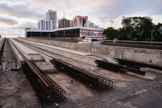 Justiça atende pedidos do Estado e bloqueia R$ 683 milhões do Consórcio VLT