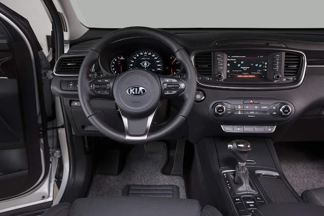 Kia Sorento ganha versão 4x4 por R$ 169.990 mil