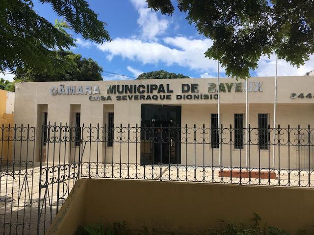 Em Bayeux, Câmara aprova novo piso nacional de ACS's e ACE's com emenda que garante 14º salário da categoria