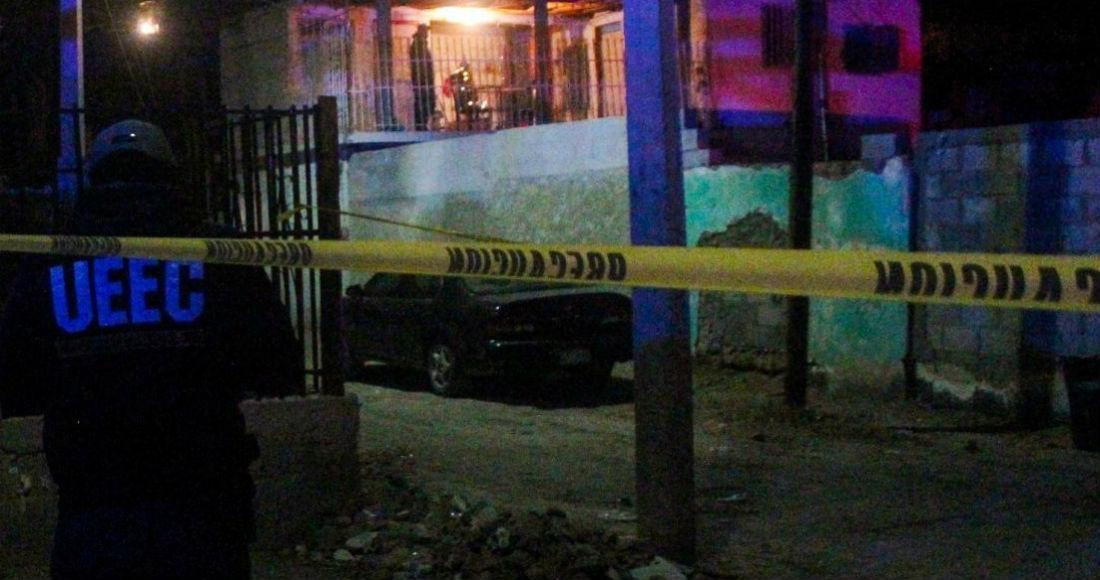 Policia de Transito levantado en Ciudad Juárez se pone a rezar justo antes de recibir el Tiro de Gracia y los Sicarios le perdonan la vida