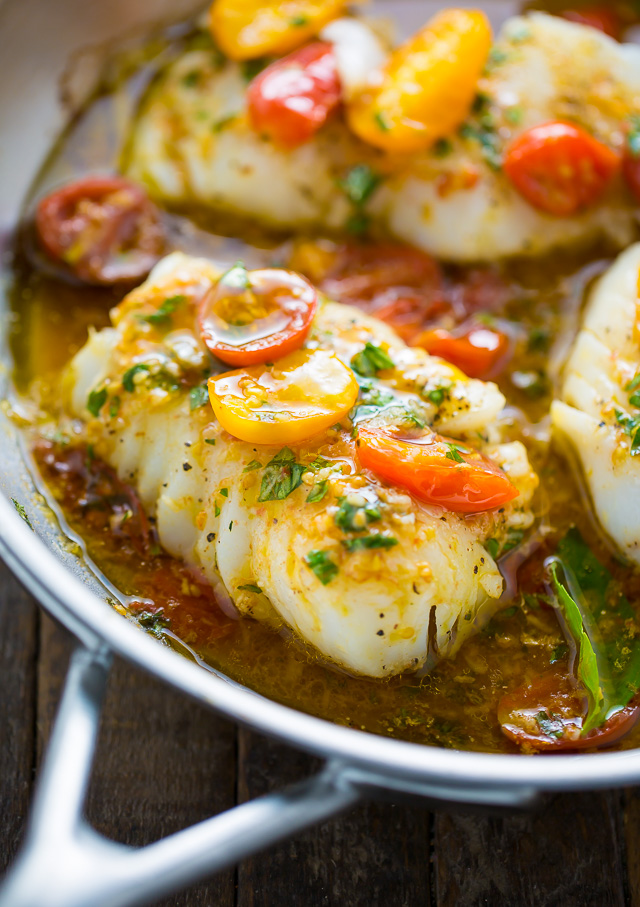 Pan-Seared Cod in White Wine Tomato Basil Sauce #dinner #healthyrecipes #tomato #lunch #food