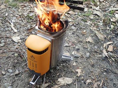 BioLite(バイオライト)キャンプストーブ2