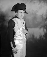 Чаплин в роли Наполеона - 1