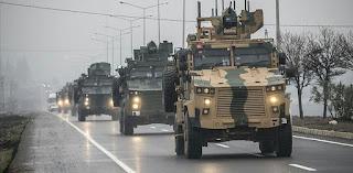 بالفيديو: الجيش التركي يرسل تعزيزات عسكرية إضافية إلى نقاط المراقبة داخل إدلب
