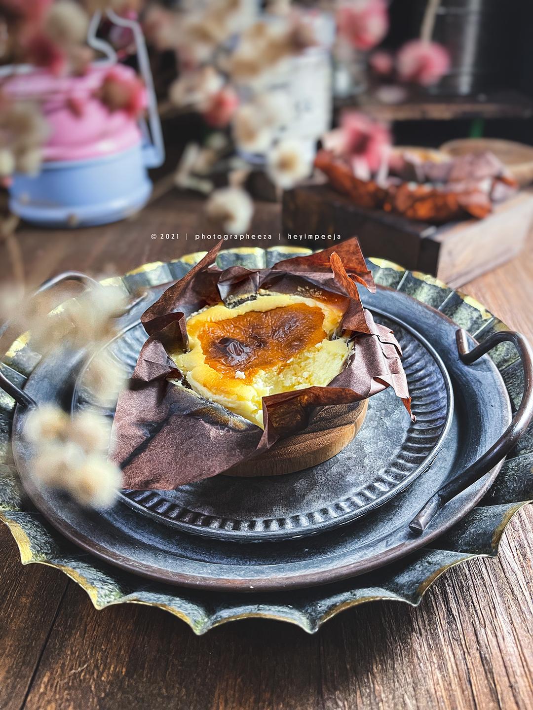 Mini Basque Burnt Cheesecake Baker's Cottage