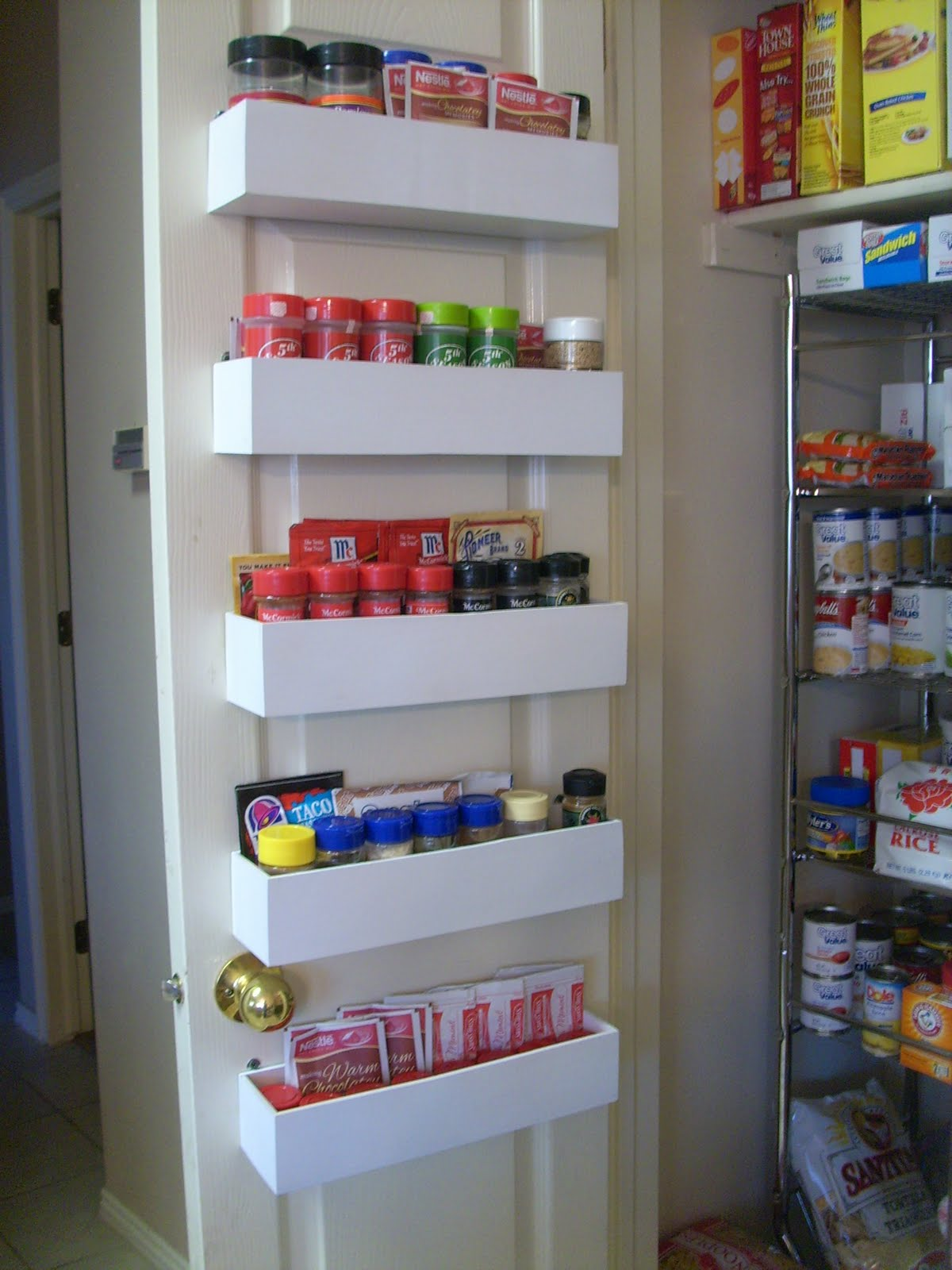 Robbygurl39s Creations Diy Pantry Door Spice Racks