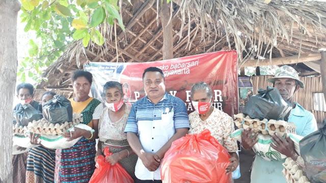 Penyerahan Bantuan Kepada Terdampak Bencana Siklon Seroja