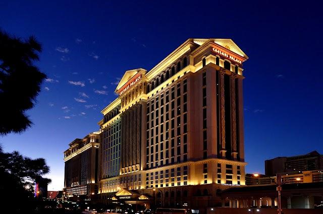 Must Stay Hotels In Las Vegas