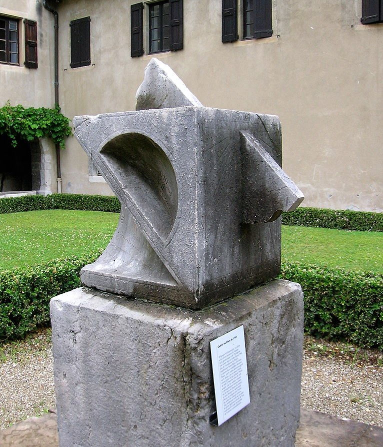 sundial from 1793 located at Musée dauphinois (Dauphinois Museum
