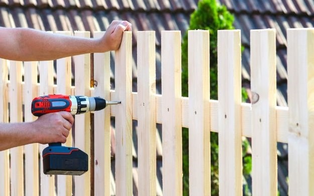 how to start a fencing business build fence company