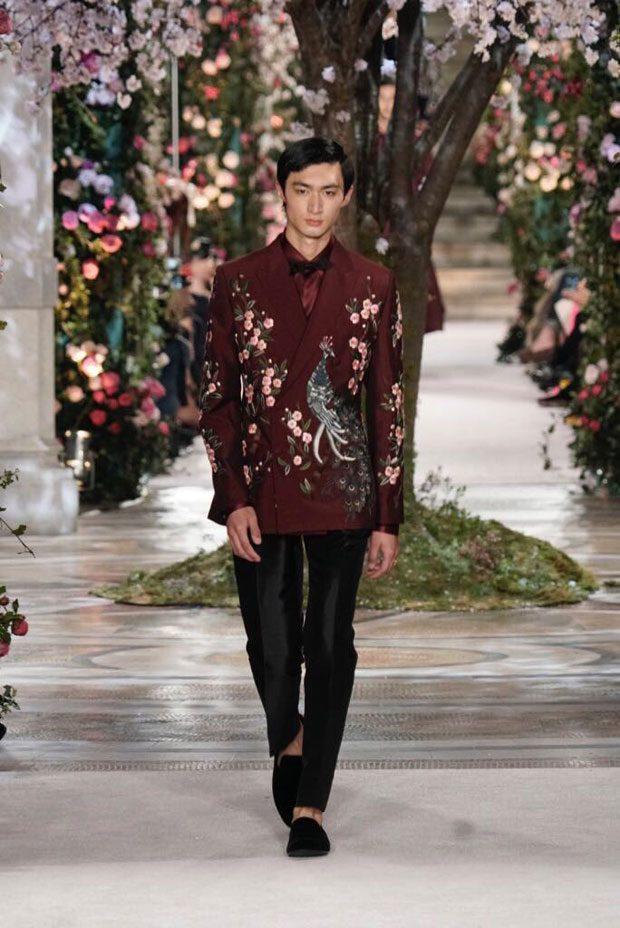 5c03923071d69e Runway : Dolce & Gabbana Alta Moda Tokyo | Cool Chic Style Fashion