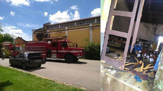 Moradores de rua podem ter causado incêndio na antiga estação de Pinhal