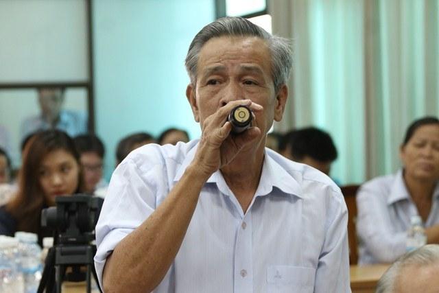 Cử tri Phạm Văn Thoi bày tỏ tại buổi tiếp xúc cử tri