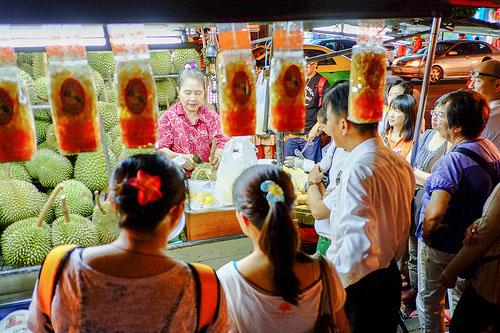 durian fruit challenge,durian thailand,musim durian,bibit durian,durian montong,durians