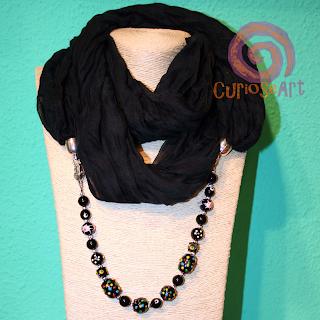 Curioseart - Fular-collar negro con CRISTALES MURRIÑAS