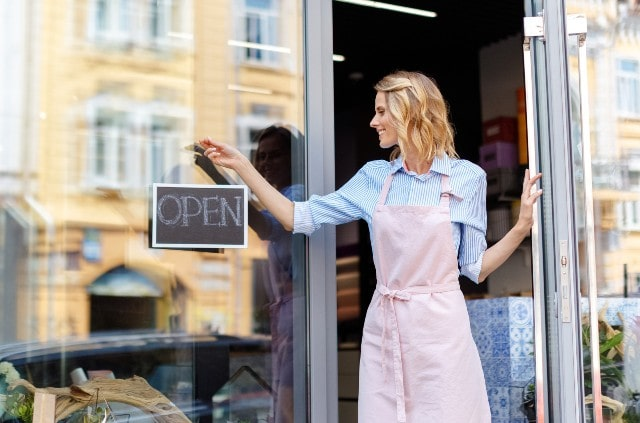 how to opening a retail store guide brick and mortar shop startup tips
