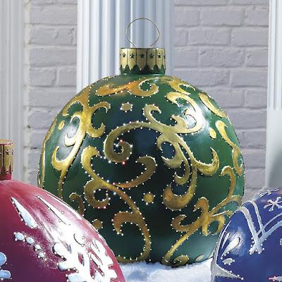 Palle di Natale per la decorazione esterna