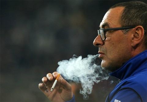 Một cá tính như Sarri rất hiếm trong thế giới bóng đá hiện đại