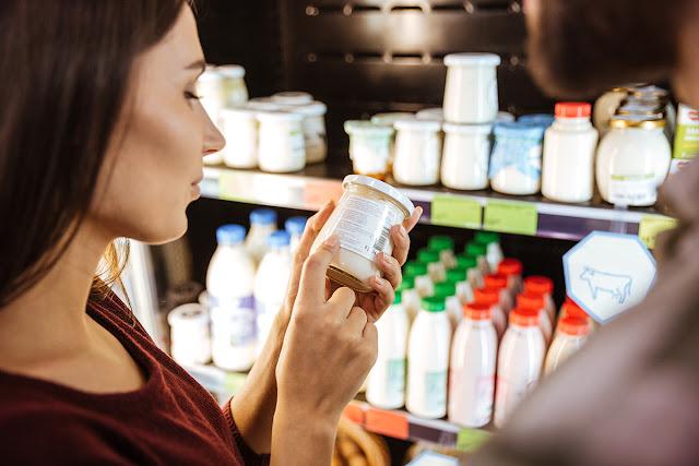 Небезпечні продукти: коли з полиць супермаркетів зникне фальсифікат