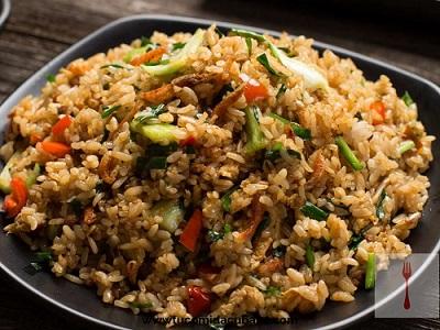arroz-frito-comida-cubana