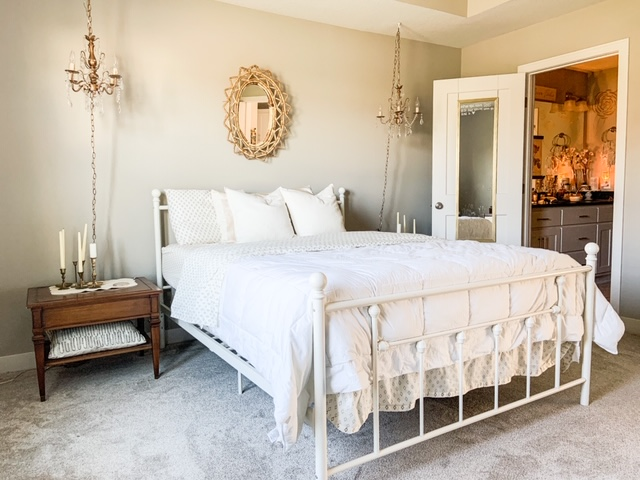Neutral natural bedroom