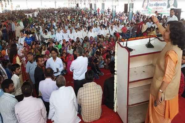 sharda-rathore-welcome-parivartan-bus-yatra-rally-ballabhgarh-news