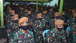 Prajurit Batalyon Artileri Medan (Yon Armed) 8/Uddhata Yudha 105/Tarik Bakal bertugas di Satuan Tugas Pengamanan Daerah Rawan (Satgas Pamrahwan) Maluku Utara