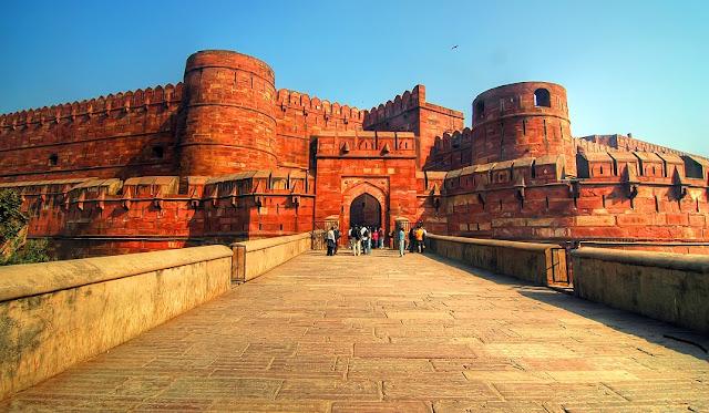 Taj Mahal, Agra, dan Upaya India Menghapus Sejarah Islam