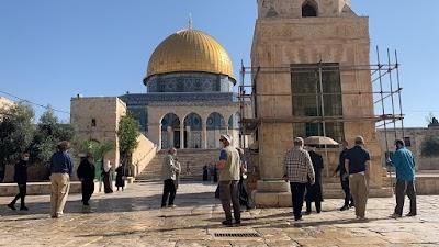 مستوطنون يقتحمون المسجد الأقصى المبارك ويؤدون طقوسا تلمودية