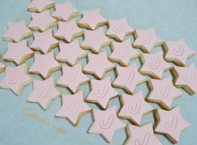 Galletas de estrellas con inicial 4