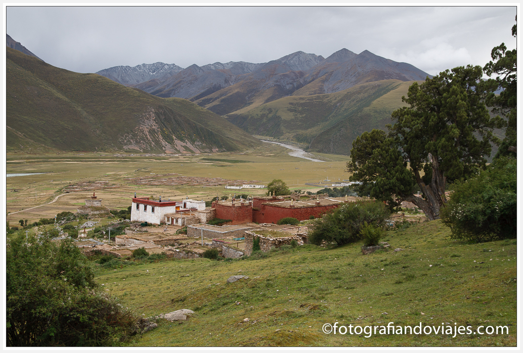 Monasterio de Reting visto desde la Kora