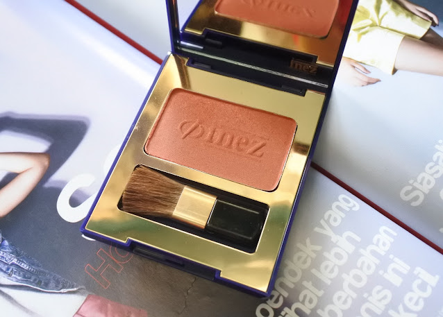 Inez Color Contour Plus Blusher with Brush