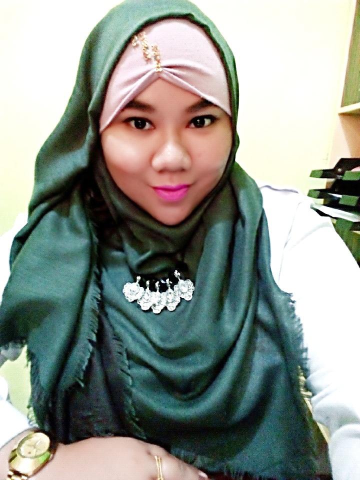 foto orang cantik memakai hijab tutorial hijab terbaru