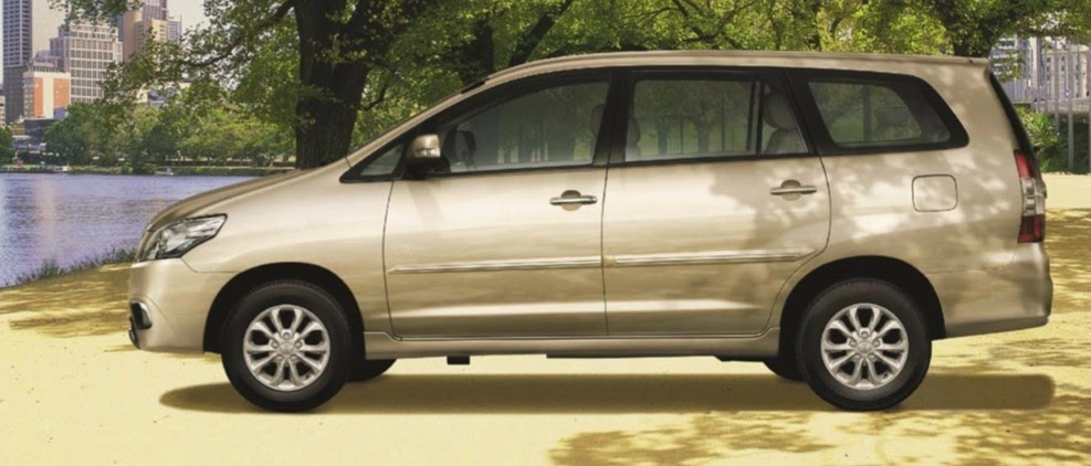 toyota innova toyota tan cang 4 -  - So sánh Toyota Innova và KIA Rondo : Đĩnh đạc và trẻ trung