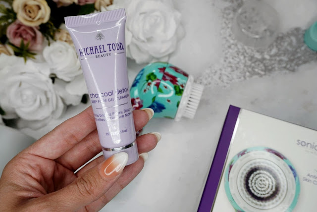 THE SONICLEAR PETITE ANTIMICROBIAL SONIC SKIN CLEANSING SYSTEM BY MICHAEL TODD BEAUTY