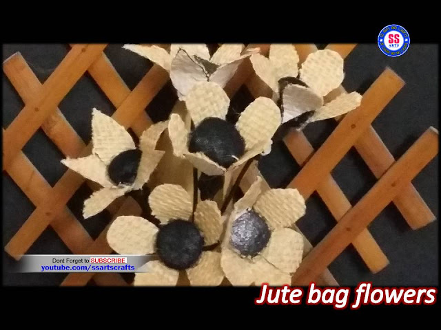 Here is jute bag crafts,how to make flowers out of jute,how to decorate jute bags,how to make jute flower vase,how to make jute wall hangings,how to make jute room decor ideas,how to make jute gift ideas,how to make jute shoping bag flowers,best out of waste,recycled crafts,jute shoping bag flowers ssartscrafts youtube channel videos