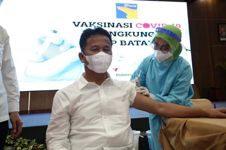Kepala BP Batam Disuntik Vaksin Covid-19