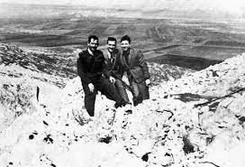 Cohen (en el medio) en el Golán