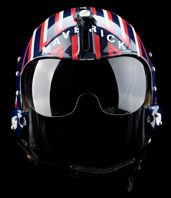 Tom Cruise Top Gun Maverick fighter pilot helmet