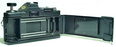"Olympus OM-2S Body #408, Zuiko ""MIJ"" 50mm F1.8 #184"