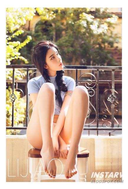 Hot girls Gái xinh nằm tắm nắng kiều diễm 2