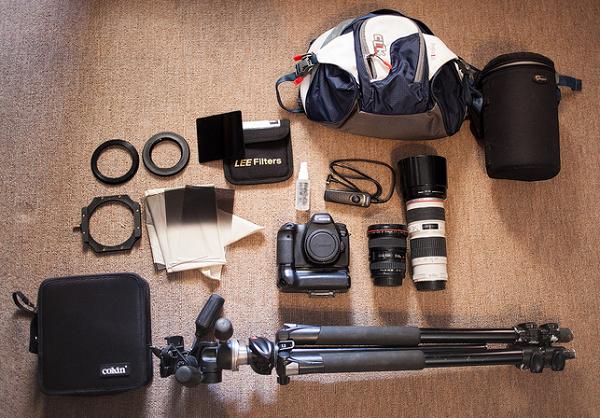 peralatan fotografi kamera lensa tripod filter flash tas