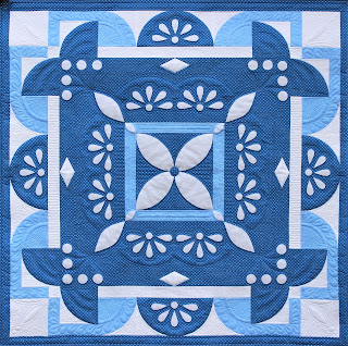 WINTER QUILT-QUILT PATTERN-INTERMEDIATE PATTERN-BLUE QUILT-SNOWFLAKE-LACE