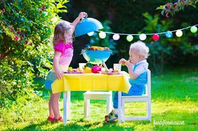 Make dinner time fun and memorable to help your kids have an awesome day