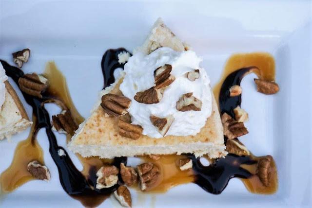 Aunt Judy's Creamy Cheesecake