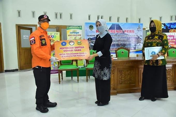 Organisasi Wanita Di Kabupaten Madiun Salurkan Bantuan Untuk Masyarakat Terdampak Covid-19